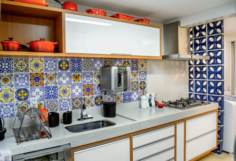 decorar_a_cozinha_com_ladrilhos_coloridos_por_alessandra_faria3
