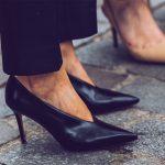 V neck shoes trend alert!