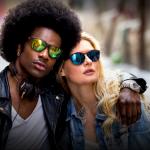 Lentes multicolirdas e lentes vermelhas – sunglasses trend!