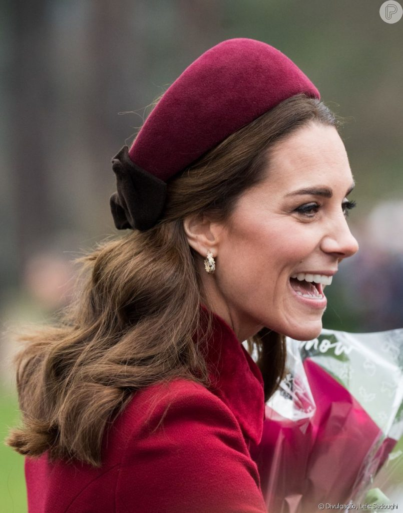 Kate Middleton de Alice Band, por Alessandra Faria