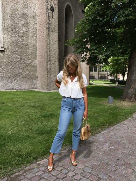 3 peças em jeans para investir no verão 2020 por Alessandra Faria cropped jeans mais blusa curta em algodão