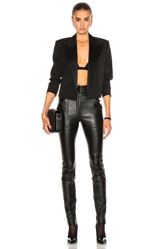 look All black para o verão 2020 por Alessandra Faria