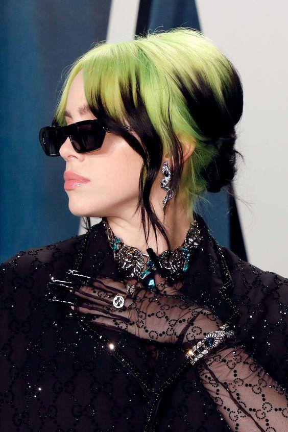 Billie Eilish e seu estilo dramático, ousado, criativo, irreverente por Alessandra Faria