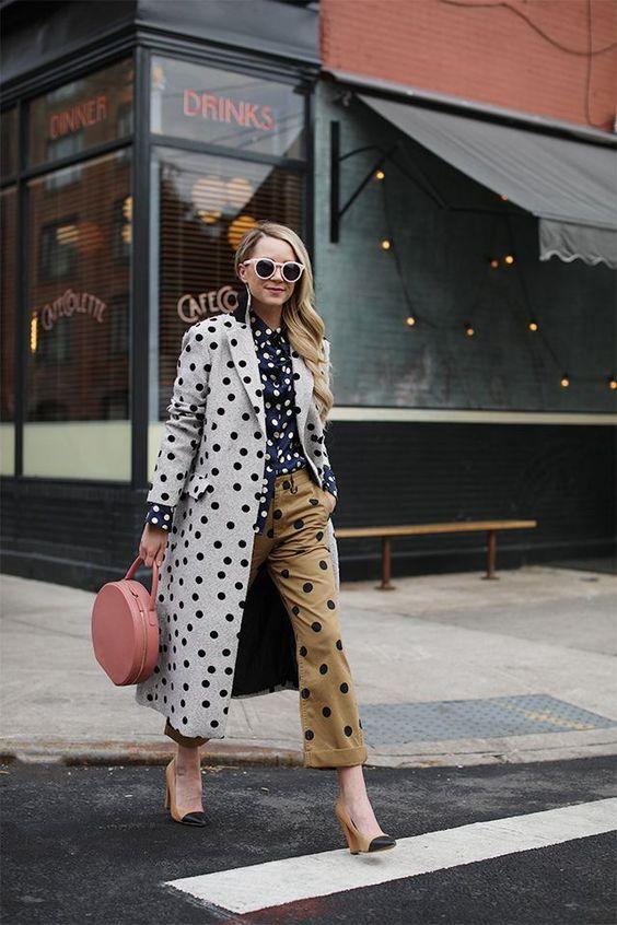 Mix estampa de poá, misture várias padronagens de polka dots no mesmo look por Alessandra Faria