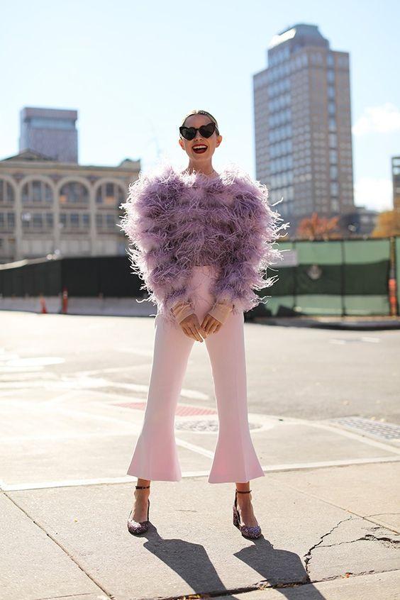 Detalhes do loungewear style na moda de rua é tendência para as próximas estações por Alessandra Faria