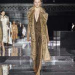 Semanas de moda internacional ditam tendências para o inverno 2020.