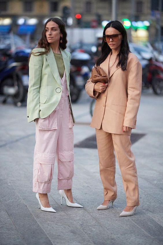 Alfaiataria dos anos 80 traz de volta o charme do street style de wall street para o verão 2020/21 por Alessandra Faria