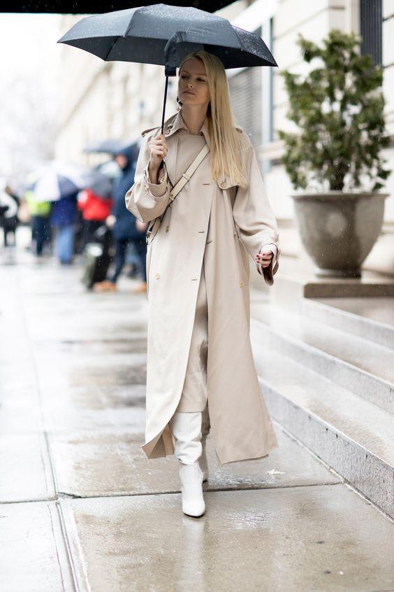 Bota branca cano alto alerta de tendência para se inspirar por Alessandra Faria