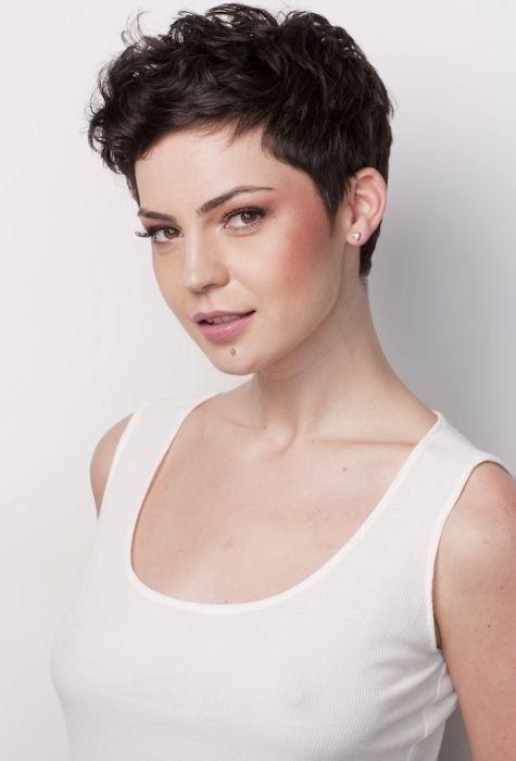 Corte de cabelos feminino curtos 2020 por Alessandra Faria