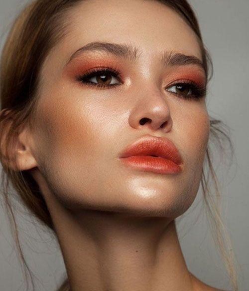 Maquiagem monocromática laranja por Alessandra Faria