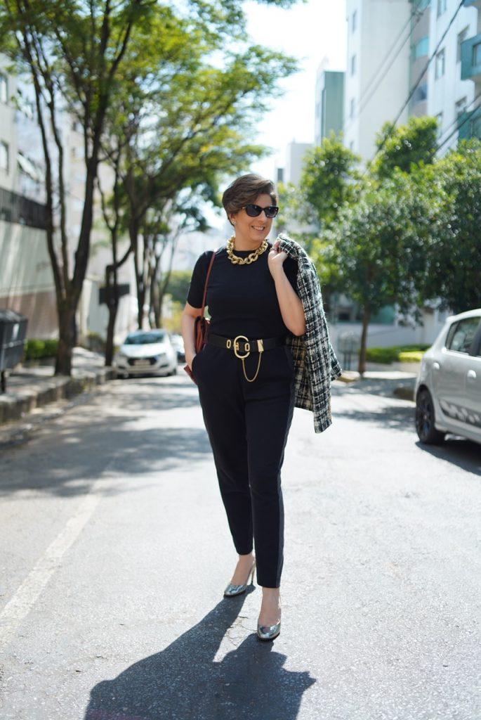 All black look de quarentena nada básico; atemporal e clássico