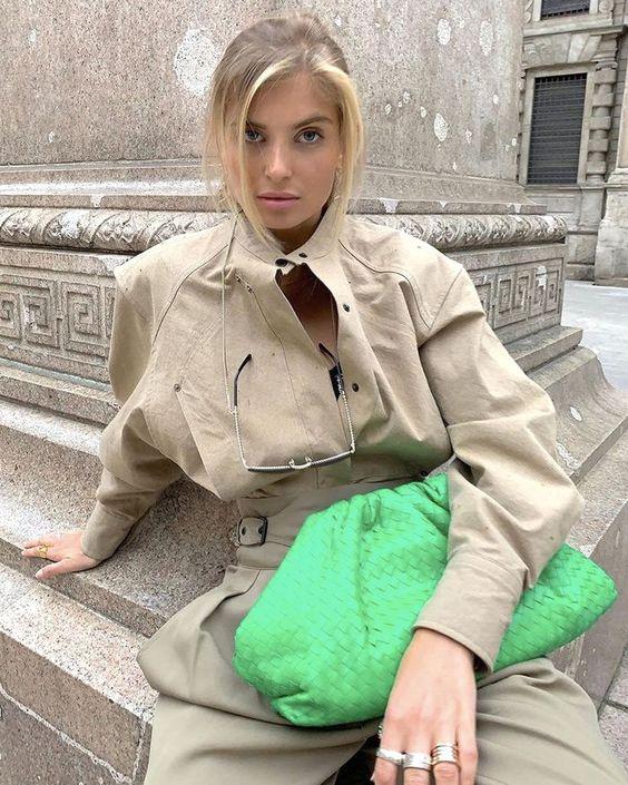 Cloud handbag, itbag do inverno, retorna no verão 20/21, por Alessandra Faria