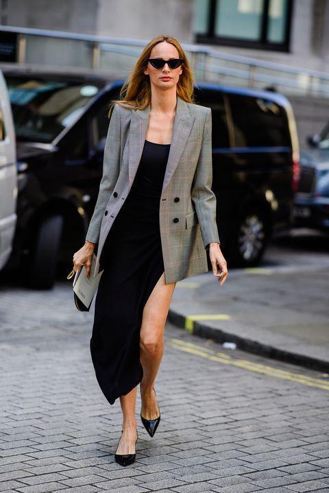 Como usar blazer alongado tendência verão 2020 por Alessandra Faria