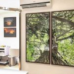 Composição de quadros de natureza na decoração.