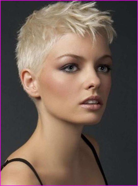 Short pixie cut hair ou cabelos curtíssimos para se inspirar por Alessandra Faria