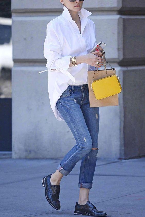 Camisa branca e calça jeans, combo perfeito para todas as horas, por Alessandra Faria