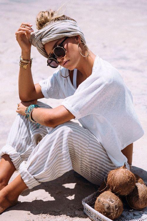 Como ficar estilosa na praia por Alessandra Faria