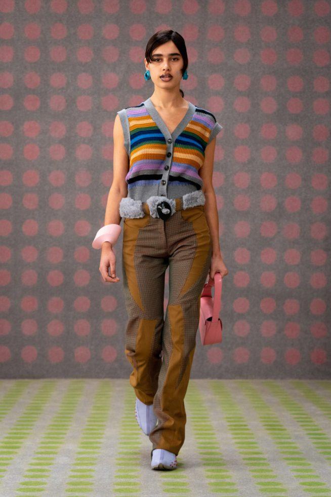 Colete de tricô, peça desejo inverno 2021! por Alessandra Faria