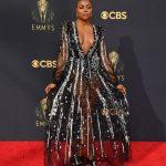 Beleza e unhas stiletto do Emmy 2021!